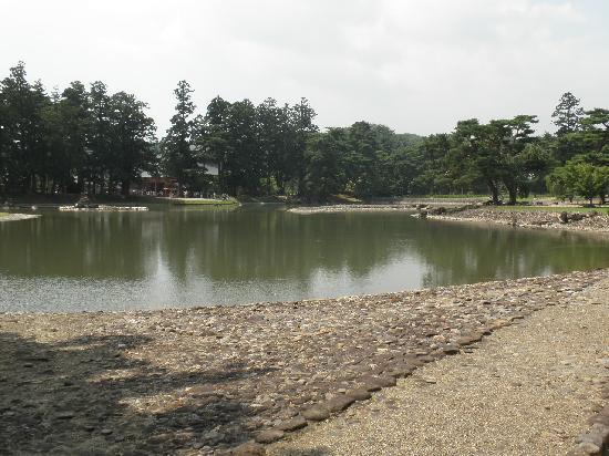 Motsu-ji Temple: 浄土庭園