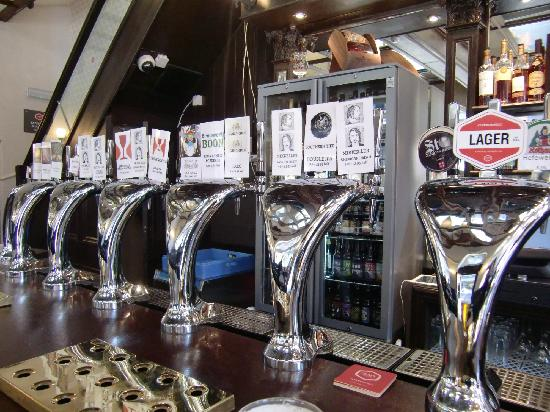 The Craft Beer Co. : Taps
