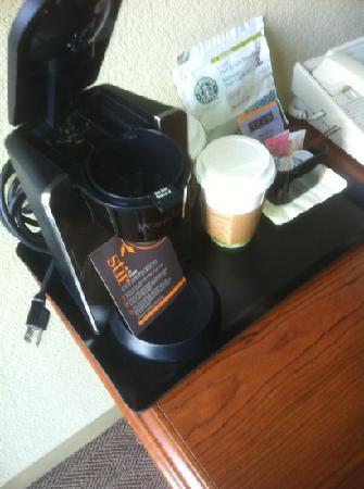 Mulate's: Starbucks in room too