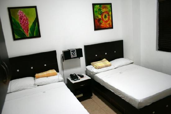 Hotel Central Plaza: La habitacion doble