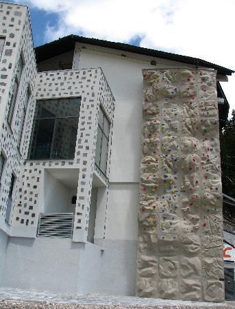 Golte: climbing wall