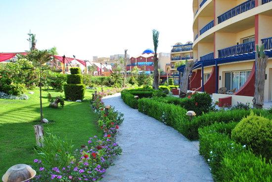 فندق كارولز بو ريفاج: Viale di accesso al mare