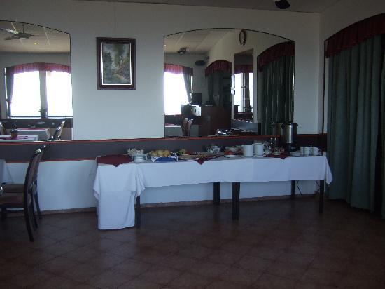 Hotel Fenyves Panorama : buffet colazione