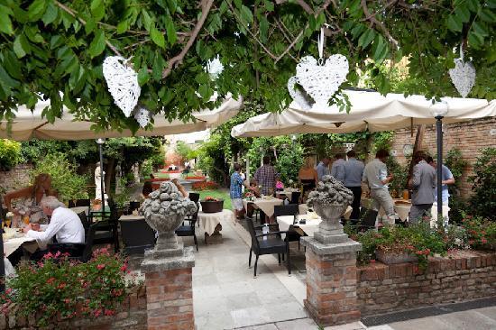 San Sebastiano Garden Hotel: Reception area