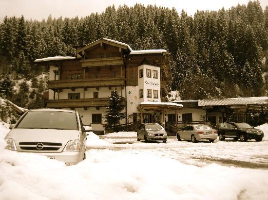 Habachklause: Im Schnee...