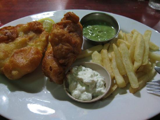 เมอริทัส เปอลังงี บีช รีสอร์ท แอนด์ สปา ลังกาวี: Very good fish & chips!