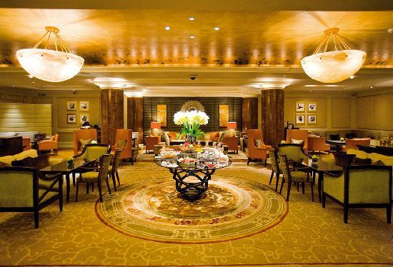 Jumeirah Carlton Tower: The Chinoiserie