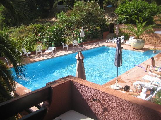 Hôtel Corsica : La piscina dalla camera
