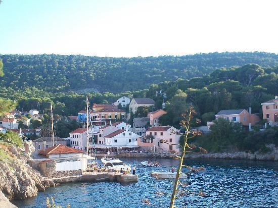 Veli Lošinj, Κροατία: Veli Lusinj paesino a 3 min dall'hotel