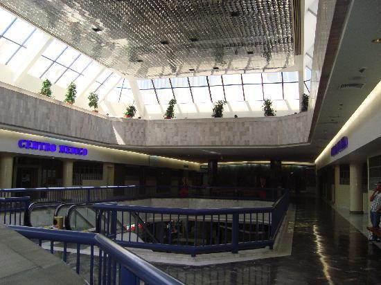 Grand Hotel Tijuana: Lobby