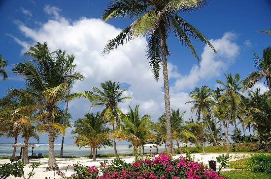 Baraza Resort & Spa: Blick von der Terrasse der Beachfront Villa