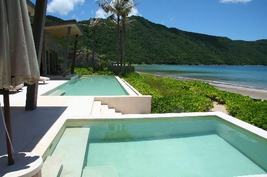 Six Senses Con Dao: Pools