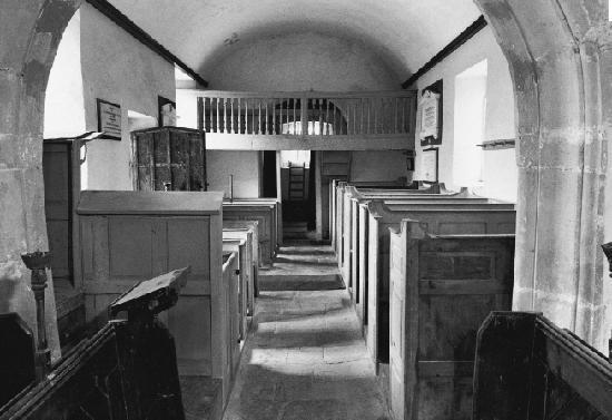The Holcombe Inn: St Andrews Church, holcombe