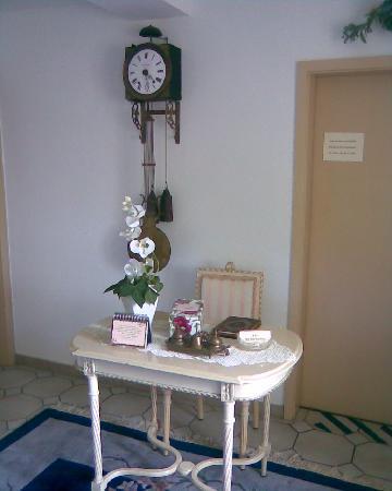 Peter Kneipp-Kurhotel: Eingangs/ Empfangsbereich