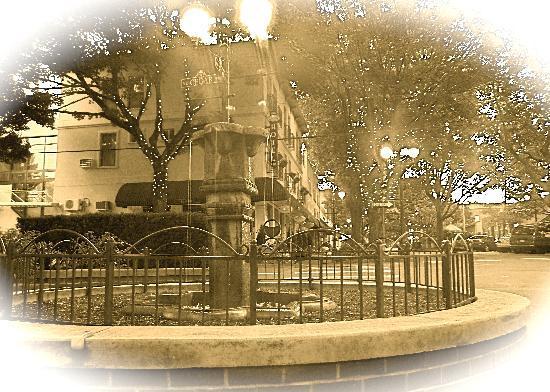 Fountain by Camas Hotel