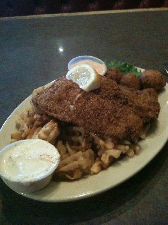 Big Fish Seafood Grill & Bar : Cornmeal crusted catfish