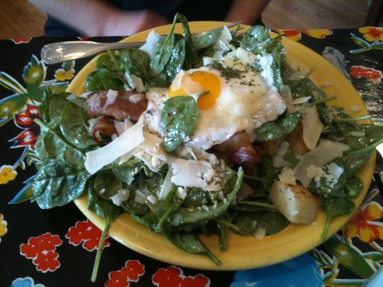 The Stairway Cafe : spinach salad