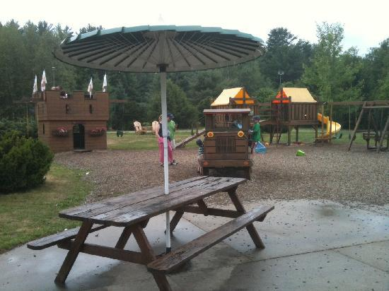 Trails End Ice Cream Shoppe : part of play area next to the shop