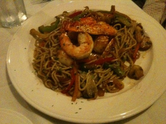 The Red Blazer Restaurant and Pub: Seafood stir-fry