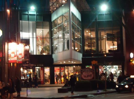 Restaurante Olivo,  en el  Shopping