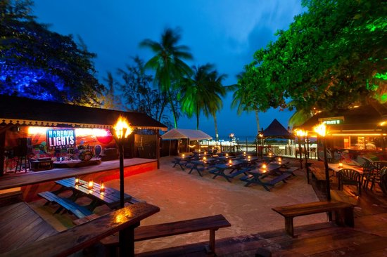 The casual open air beachfront setting at Harbour Lights on Carlisle Bay