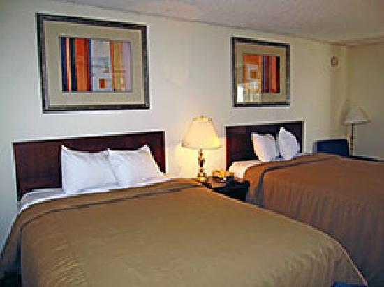 Ramada Rock Hill: Std Dbl bed room