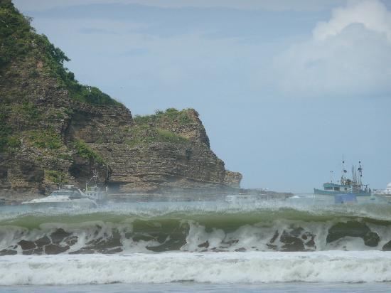 Casa Pelon: waves and water