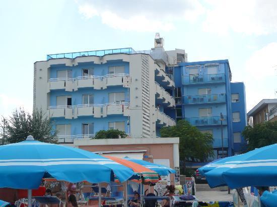 Hotel Levante: Hôtel avec la plage