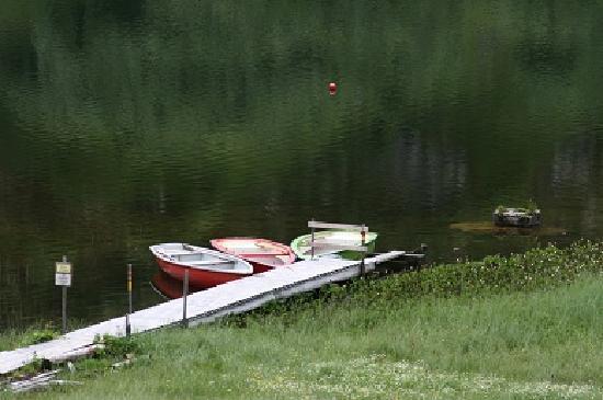 Berghotel Körbersee: Ruderboote können im Restaurant gemietet werden.