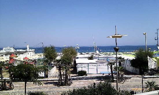 Hotel Villa Rosa: panorama/ view