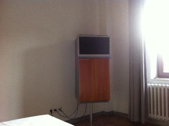 Hopper Hotel et cetera: TV
