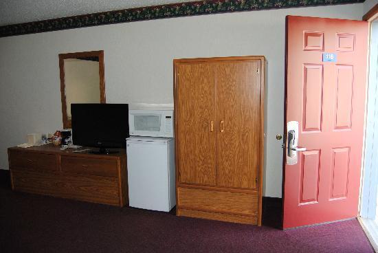 Quality Inn: Room 118