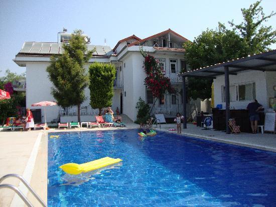 Tugay Hotel: pool area