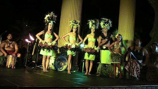 Kauai's Best Luau - Hawaii Alive!: Hawaii Alive luaua dancers
