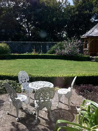 Balrath Courtyard: Garden