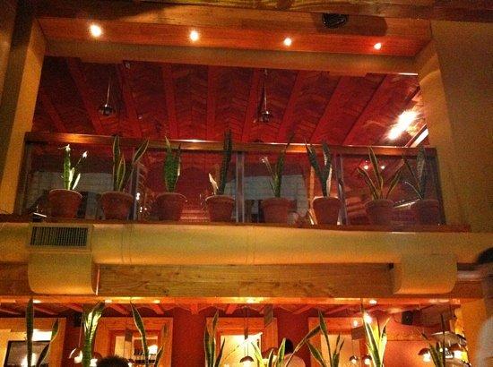 Alcorta Carnes y Vino: caserones alcorta