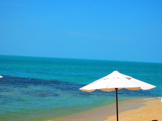 Pavilion Samui Villas & Resort : la plage de l'hôtel