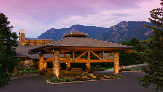 Cheyenne Mountain Resort: Welcome to the Rockies