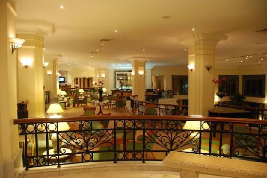 โรงแรมฮิลตันมอลท่า: Hilton lobby