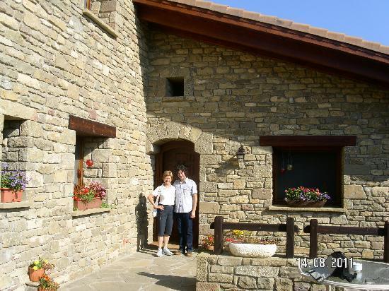 Hotel Barosse: Monika (Austria) mit Josse (Chef)