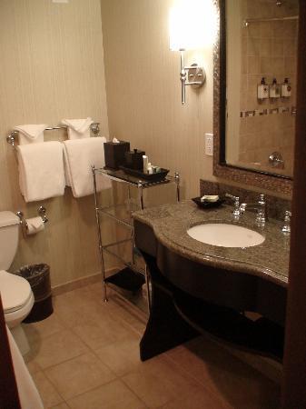 Carmel Mission Inn & Fuse Lounge Café: habitacion