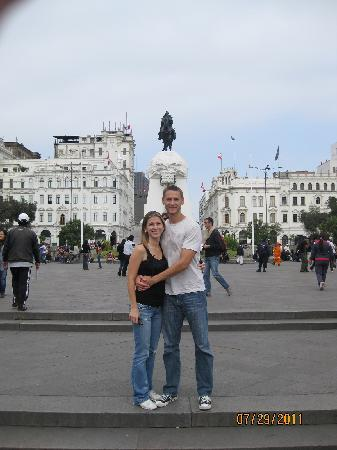 Monica Tours Peru: In the square