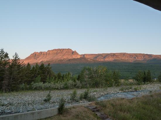St Mary Lodge & Resort: Sunrise view from Great Bear