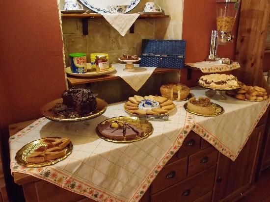 Villa Dei Girasoli: colazione