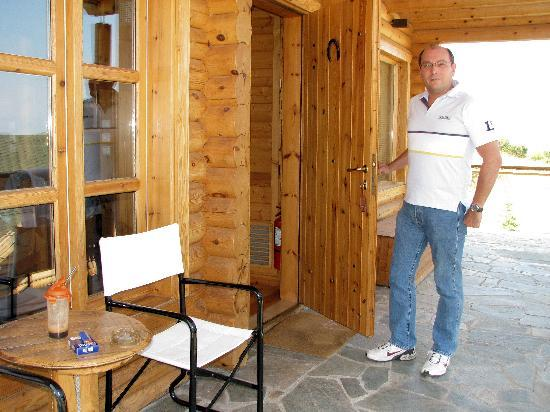 Hyades Mountain Resort: Panos at the entrance of the chalet