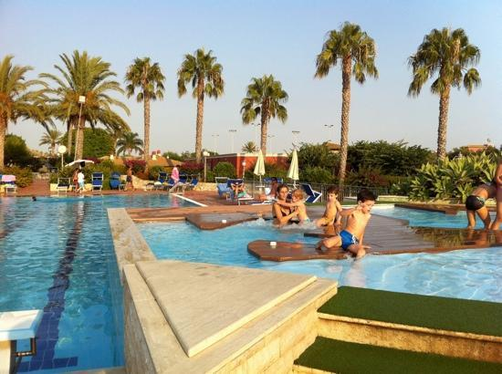 Baia Samuele Hotel Villaggio: piscine