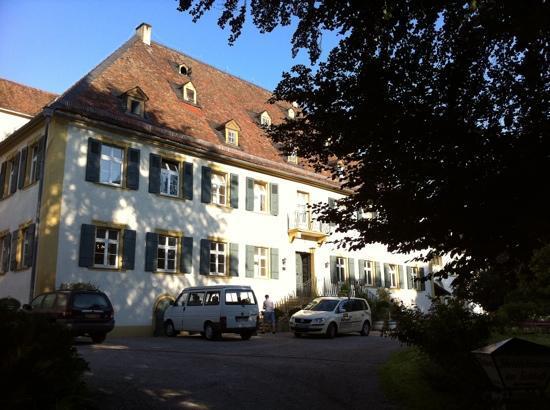 Hotel Schloss Heinsheim: ホテル外観