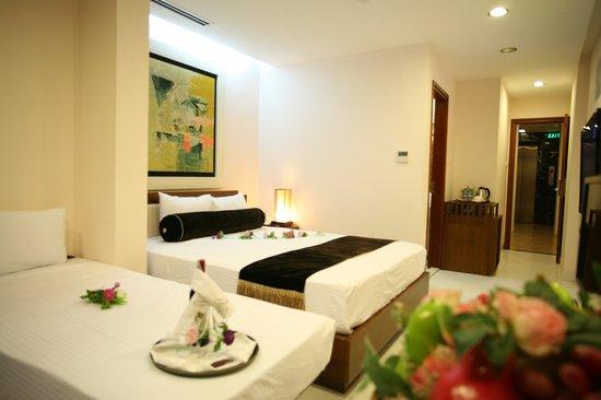 Nova Hotel: Triple room