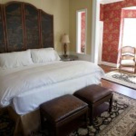 Embrace Calistoga: King Suite