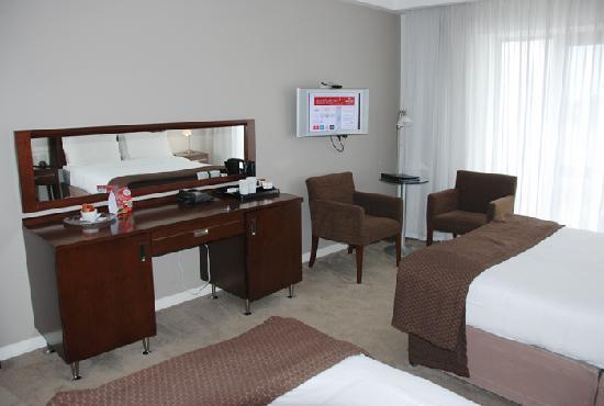 Clayton Whites Hotel : My room